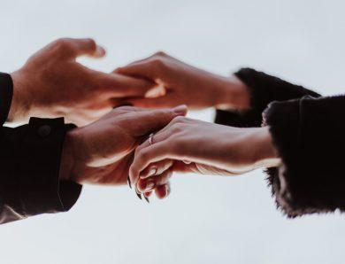 Quel est l'objectif des assurances mutuelles pour les fonctionnaires ?